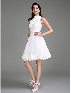 billiga A-linjeformade brudklänningar-A-linje Hög hals Knälång Spets Bröllopsklänningar tillverkade med Spets av LAN TING BRIDE® / Liten vit klänning