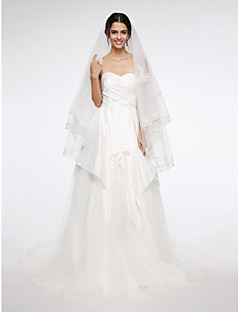 Two-tier Lace Applique Edge Wedding Veil Fingertip Veils With Applique Net