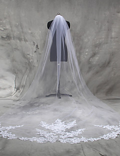 One-tier Lace Applique Edge Wedding Veil Cathedral Veils With Applique Tulle