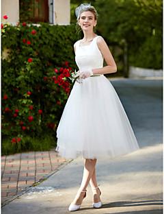 billiga A-linjeformade brudklänningar-A-linje Fyrkantig hals Knälång Spets / Tyll Bröllopsklänningar tillverkade med Spets av LAN TING BRIDE® / Liten vit klänning