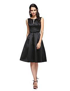 billiga Den lilla svarta-A-linje V-slits Knälång Satäng Cocktailfest / Bröllopsfest Klänning med Rosett(er) av TS Couture® / Den lilla svarta