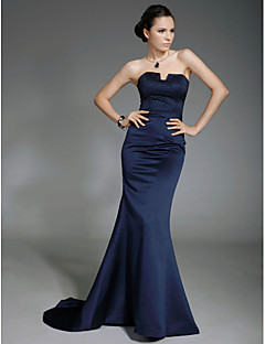 cheap Celebrity Dresses-Mermaid / Trumpet Strapless Sweep / Brush Train Satin Formal Evening / Military Ball Dress with Beading by TS Couture®