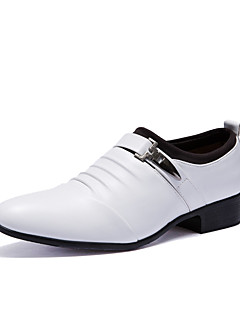 cheap -Men's Formal Shoes PU(Polyurethane) Fall / Winter British Oxfords White / Black / Party & Evening / Party & Evening / Dress Shoes / Comfort Shoes