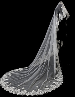 voordelige Bruidssluiers-Eénlaags Accessoires Kanten appliqué rand Bruids Kant Bruiloft Bruidssluiers Kapelsluiers Met Appliqués Tule