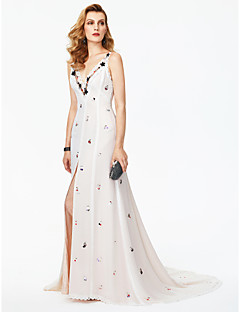 cheap Celebrity Dresses-Sheath / Column Plunging Neckline Court Train Chiffon Lace Cocktail Party / Formal Evening / Black Tie Gala / Holiday Dress with Beading