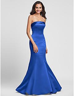 Τρομπέτα / Γοργόνα Στράπλες Μακρύ Σατέν Φόρεμα Παρανύμφων με Πλαϊνό ντραπέ με LAN TING BRIDE®