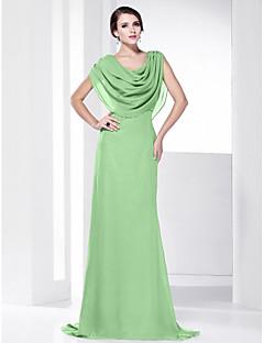 billiga Aftonklänningar-Åtsmitande Skorstenskrage Svepsläp Chiffong Formell kväll Klänning med Draperad av TS Couture®