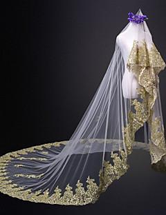 billiga Brudslöjor-Ett lager Brudkläder Bröllop Brudslöjor Katedral Slöjor Med Spets Tyll
