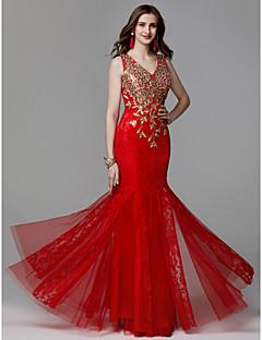 Χαμηλού Κόστους Senior Prom Dresses-Τρομπέτα / Γοργόνα Λαιμόκοψη V Μακρύ Δαντέλα / Τούλι Χοροεσπερίδα / Επίσημο Βραδινό Φόρεμα με Χάντρες / Δαντέλα με TS Couture®