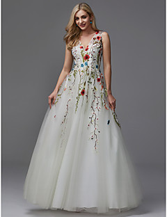 cheap Prom Dresses-A-Line V Neck Floor Length Lace / Tulle Formal Evening Dress with Beading / Embroidery by TS Couture®
