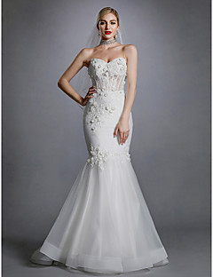 billiga Brudklänningar-Trumpet / sjöjungfru Hjärtformad urringning Svepsläp Spets / Tyll Bröllopsklänningar tillverkade med Applikationsbroderi / Spets av LAN