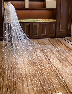 billiga Brudslöjor-Ett lager Klassisk & Tidlös Brudslöjor Katedral Slöjor med Utspridda pärlbroderi blommotiv Tyll