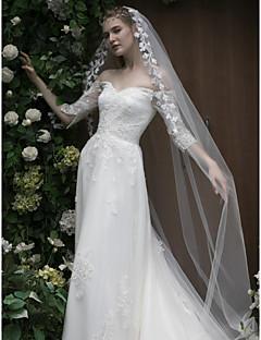 billiga Brudklänningar-A-linje Off shoulder Kapellsläp Spets / Tyll Bröllopsklänningar tillverkade med Applikationsbroderi / Kristalldetaljer av LAN TING Express
