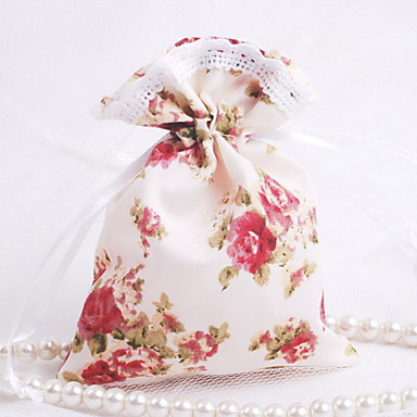 Creative Favor Holder with Pattern Favor Bags - 12