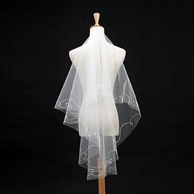 Menyasszonyi fátyol Egykapcsos Könyékig érő fátylak Ceruza hegye 59,06 hüvelyk (150 cm) Tüll Csipke Elefántcsontszín