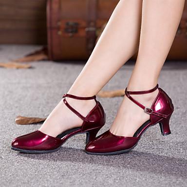 povoljno Shall We® Cipele za ples-Žene Lakirana koža Moderna obuća Kopča / Pletena ljetna obuca Štikle Kubanska potpetica Nemoguće personalizirati Crvena / Srebrna / Zlatna / Unutrašnji / Seksi blagdanski kostimi / Vježbanje / EU42