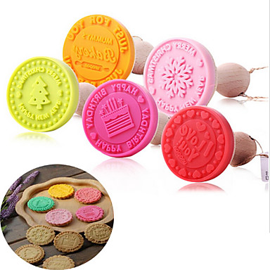Fondant Cake Mold Biscuit Cookie Stamps Cutters Sugarcraft Tool Cake Decorating(Random Color)