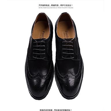 Miesten kengät Nahka Kevät Kesä Syksy Comfort Oxford-kengät Solmittavat varten Kausaliteetti Juhlat Musta Tumman ruskea
