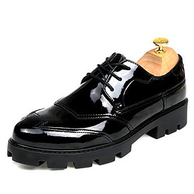 Homens sapatos Couro Primavera / Outono Conforto / Curta / Ankle Oxfords Caminhada Preto / Casamento / Festas & Noite / Sapatos de vestir