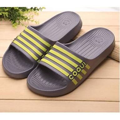 Miehet kengät PP (polypropeeni) Kevät Comfort Sandaalit varten Kausaliteetti Musta Harmaa Fuksia