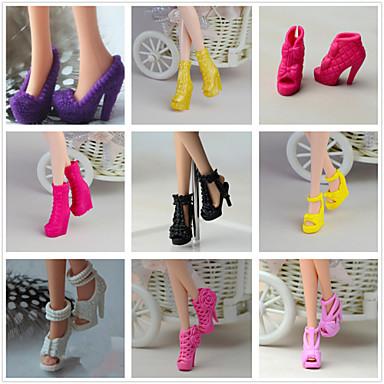 Prinzessin / nette Art Schuhe 9 pcs Für Barbie-Puppe Schwarz PVC Schuhe Für Mädchen Puppe Spielzeug