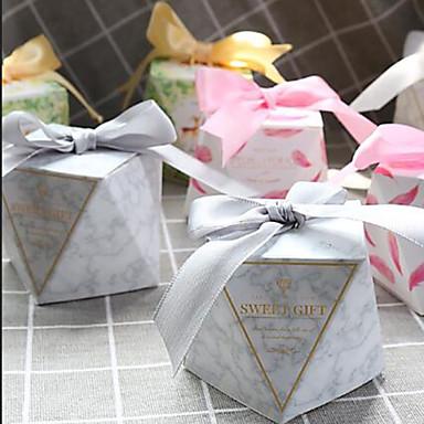 """abordables Support de Cadeaux pour Invités-1 ¼ """"Diamond Papier nacre Titulaire de Faveur avec Ruban Articles ménagers divers / Boîtes à cadeaux / Boîtes Cadeaux - 50 pièces"""