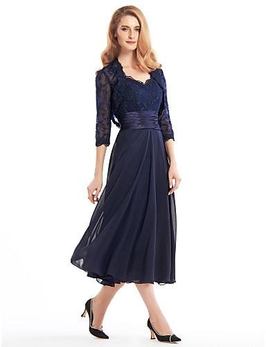 voordelige Wrap Dresses-A-lijn V-hals Over de knie Chiffon / Corded Lace Bruidsmoederjurken met Appliqués / Kant / Plooien door LAN TING BRIDE® / Illusie