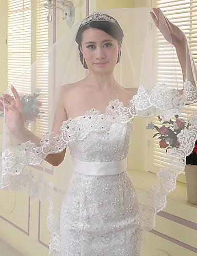 One-tier Lace Applique Edge Wedding Veil Chapel Veils With Applique Rhinestones Tulle