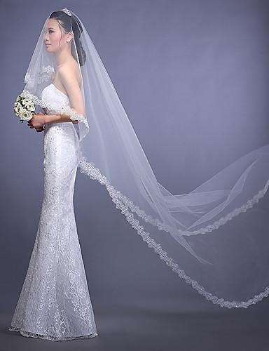 One-tier Lace Applique Edge Wedding Veil Chapel Veils with Sequin / Appliques Tulle / Oval