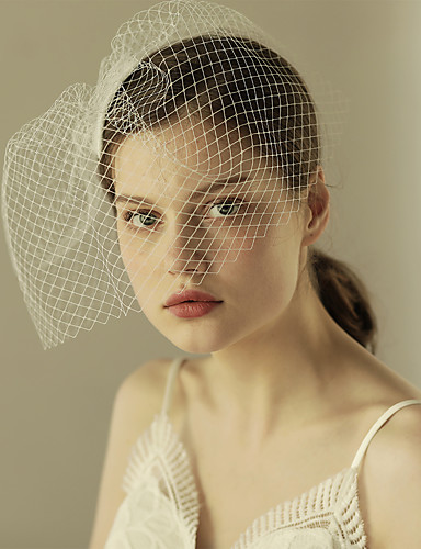 One-tier Cut Edge Wedding Veil Blusher Veils with Ruffles Tulle / Classic