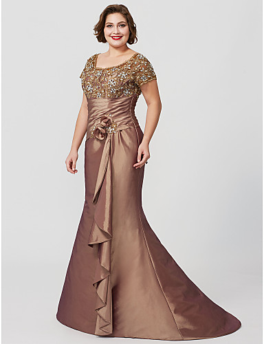 a89a94819d Plus Size Mermaid   Trumpet Jewel Neck Floor Length Sweep   Brush Train  Taffeta Beaded Lace Mother of the Bride Dress with Flower by LAN TING BRIDE®    ...