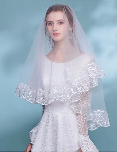 שכבה אחת Bohemian Style הינומות חתונה צעיפי מרפק עם פרח סאטן תחרה / קלאסי