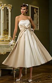 Trapèze Princesse Coeur Longueur Genou Satin Robes de mariée personnalisées avec Noeud par LAN TING BRIDE®