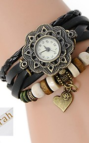 henkilökohtainen lahja naisten kolmikerroksista wrap pu Nahkaranneke analoginen kaiverrettu kellon kanssa tekojalokivi