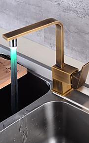 Alto, Alto, Arco / Conjunto Central Separado Válvula Cerámica Sola manija Un agujero Cobre Envejecido, Grifería de Cocina