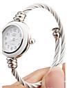 montre a quartz avec bracelet en metal - style elegant visage blanc